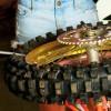 Techtime: Hoe vervang je een motorcrossband?
