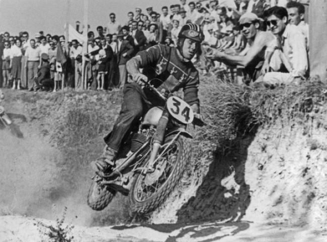 Imola: Eerste Grand Prix motocross van Italië 70 jaar geleden!