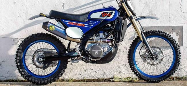 Moderne Yamaha YZF450FX omgebouwd tot vintage crosser