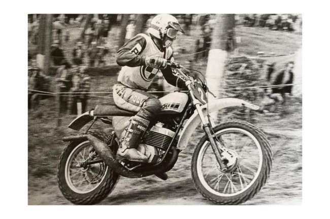 VIDEO: Harry Everts wint eerste grand-prix van 1975