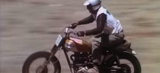 VIDEO Woestijnrace uit de jaren '60!