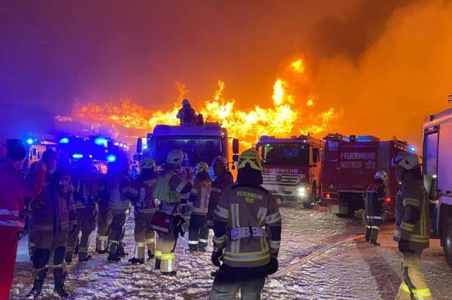 Belangrijke collectie motoren gaat in vlammen op