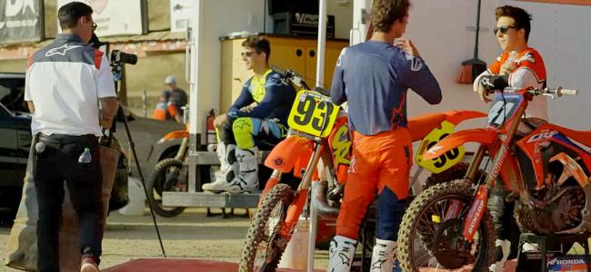 VIDEO: Hunter en Jett Lawrence proberen een CR500