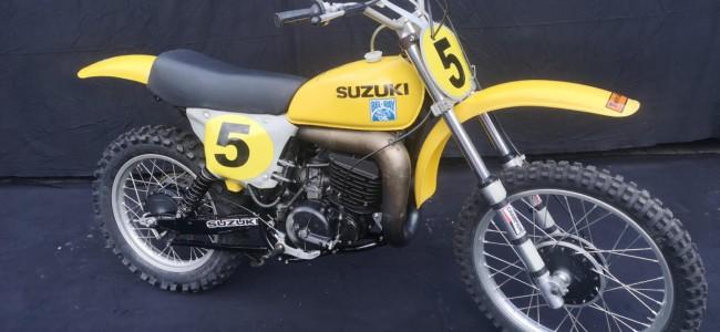 Unieke collectie fabrieks-Suzuki's te koop in Duitsland
